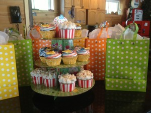 Carnival Party - Cupcakes & Loot Bags